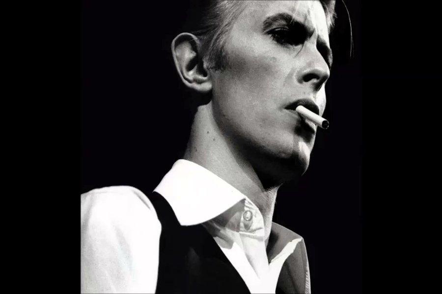 Depeche Mode David Bowie'nin Şarkısı Heroes'u Coverladı!