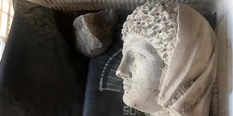 2020 Yılının İlk Heykeli Perge Antik Kenti'nde Bulundu