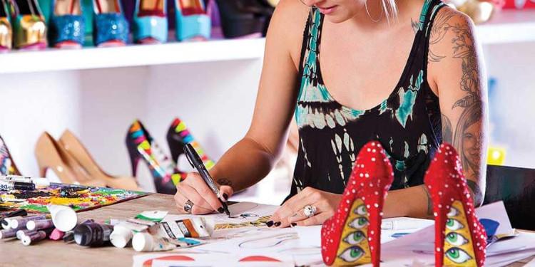 Ayakkabıların tasarımcılarını bulabilecek misin?