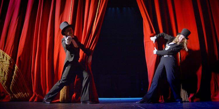 Eylül Ayında Ankara ve İzmir'de Gerçekleşecek Tiyatrolar Listesi