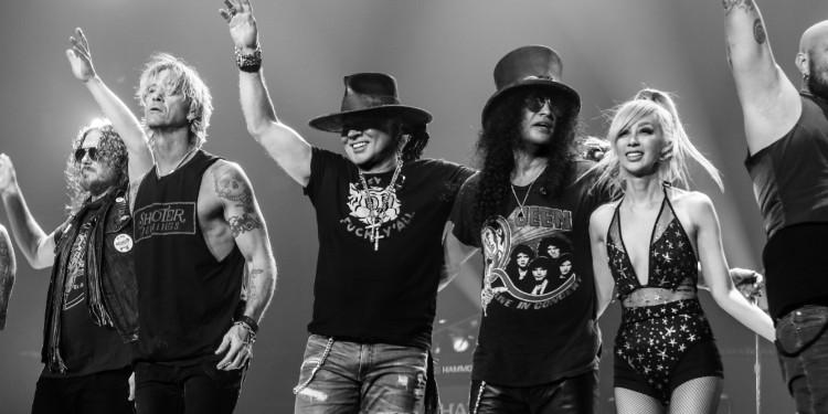 Guns N' Roses, Yeniliklerle Dolu Sürpriz Bir Tekli Daha Paylaştı