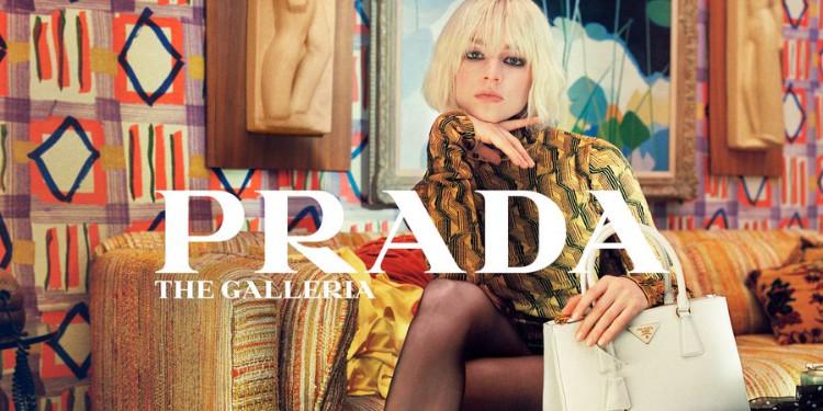 Hunter Schafer Prada'nın Yeni Reklam Filmi İçin Kamera Karşısına Geçti