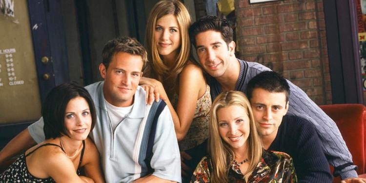 Kostümlerinden Friends Karakterlerini Tanıyabilecek Misin?