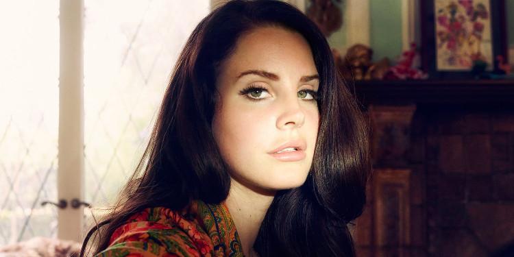 Lana Del Rey, Haziran Ayında Yeni Bir Albüm Çıkarabileceğini Duyurdu