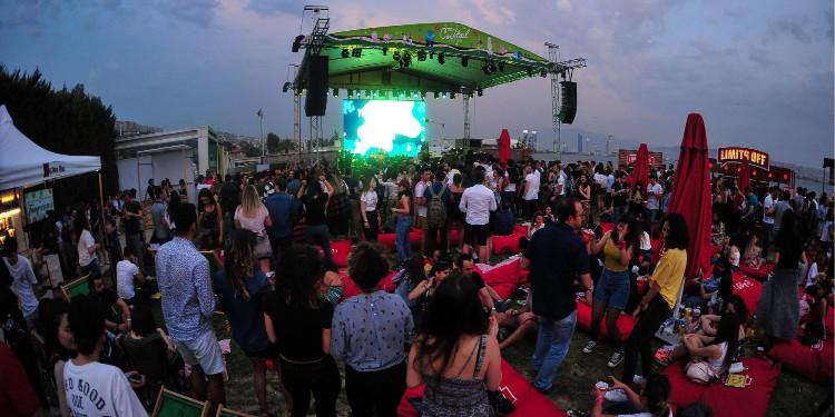 Zeynep Bastık, Jabbar ve Birçok İsim İzmir Cocktail Festival Sahnesi'nde!